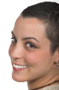 Make-up Tipps für krebskranke- Geischt einer jungen Frau